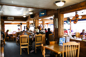 Wally's Chowder House interior