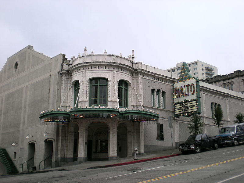 public domain photo of Rialto Theater from Wikipedia