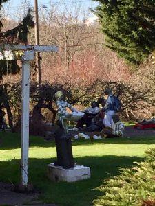 lawn art people