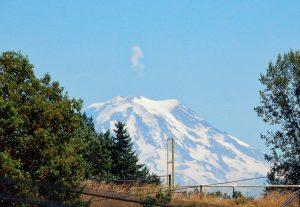 Mount Rainier with plume-like cloud