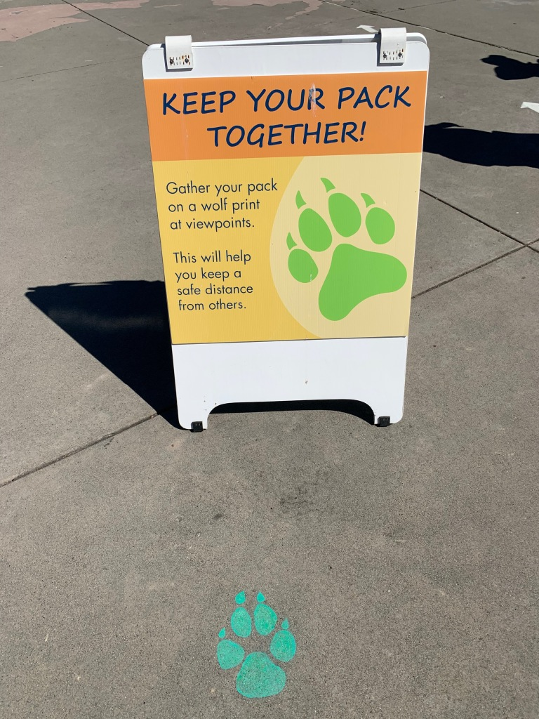 sign: keep your pack together